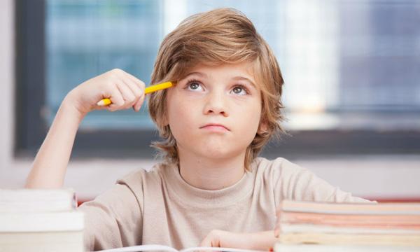 آموزش تفکر خلاقانه و انتقادی به کودک