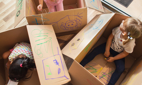 ایجاد فضای مناسب برای بروز خلاقیت کودک