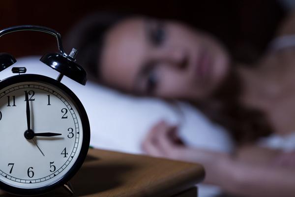 درمان بیخوابی با دمنوشها