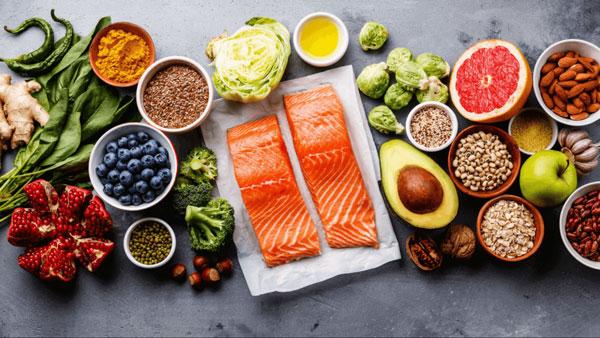 مواد غذایی مناسب برای مقابله با آلودگی هوا