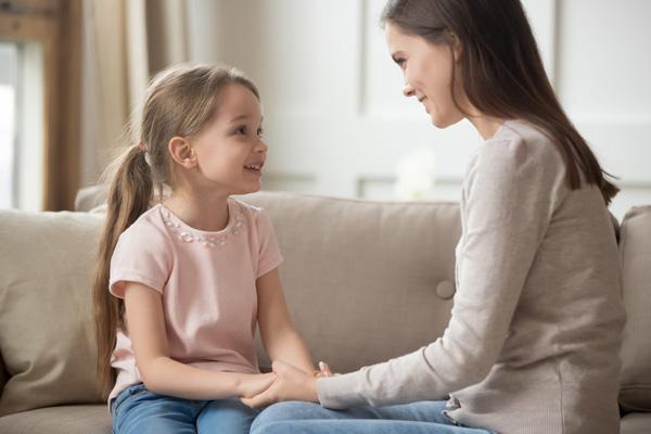 زمان صحبت کردن با بچهها به چه نکاتی باید توجه کنیم