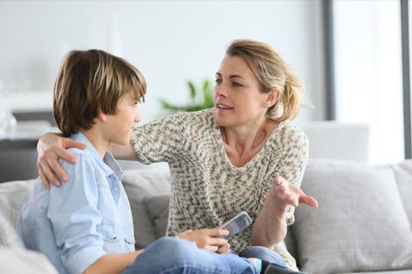 روش صحیح حرف زدن با کودک