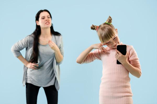 راههای ترک دادن کودک از گوشی چیست