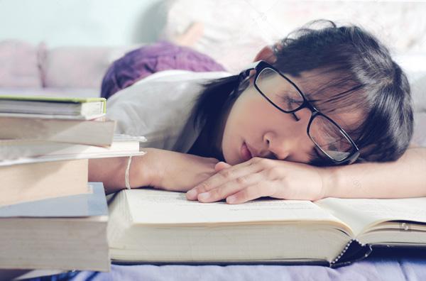 علائم اختلالات خواب کدامند