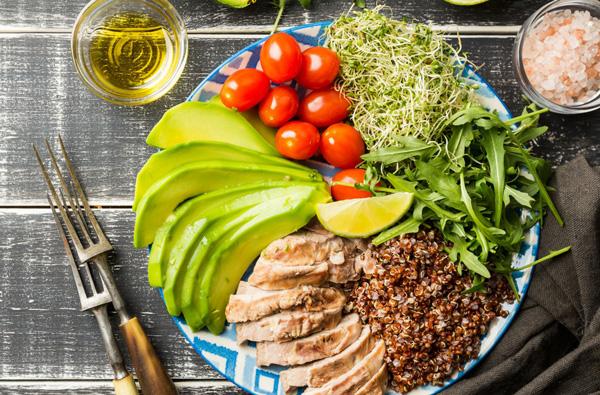 غذاهایی که به دستگاه گوارش کمک میکنند