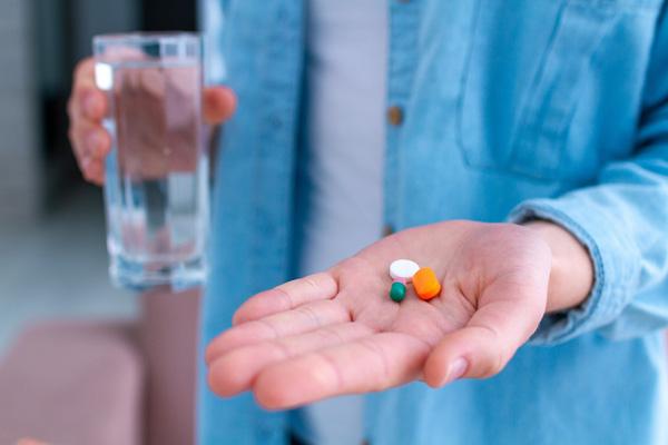 بهترین زمان مصرف مولتی ویتامین مینرال برای چاقی