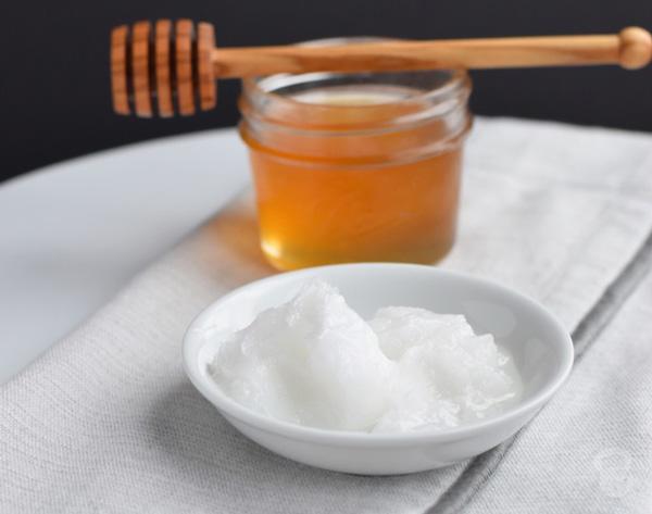 ماسک عسل و روغن نارگیل برای مو