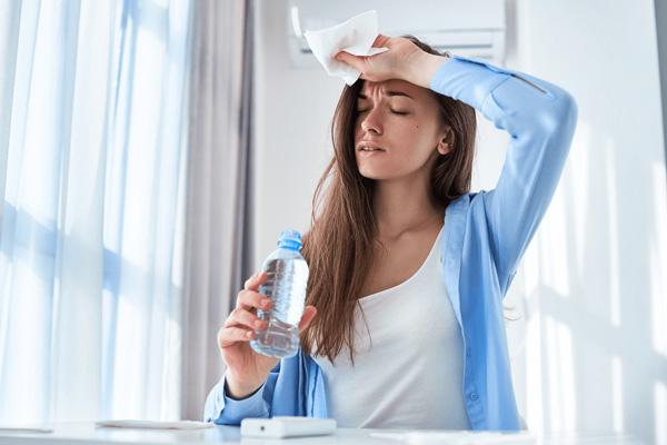 مصرف کافئین در دوران قاعدگی