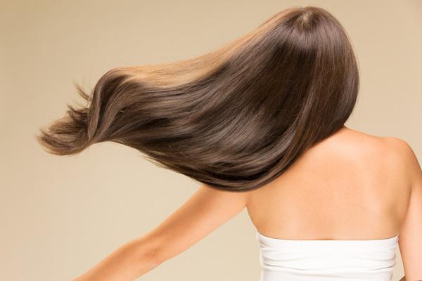 خواص کافئین برای مو