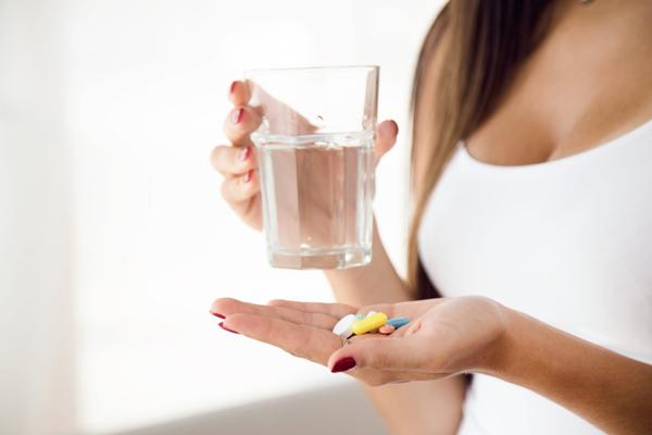 مصرف قرص سرترالین با چه قرصهای شیمیایی دیگری تداخل دارد