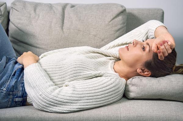 راههای درمان مسمومیت غذایی در خانه چیست