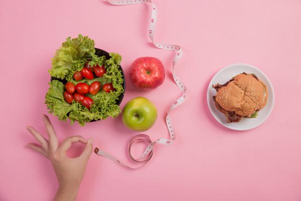 آیا رژیم غذایی در ایجاد سلولیت نقش دارد