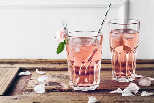 شربت گلاب برای فصل گرما