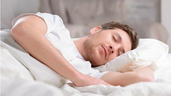 درمان مشت کردن دست در خواب