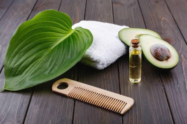 ماسک موی آواکادو برای خشکی مو
