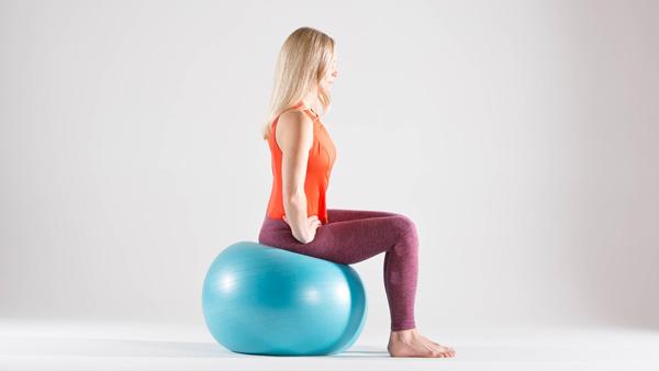 ورزش با توپ در بارداری